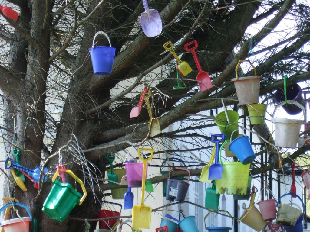 The Bucket tree